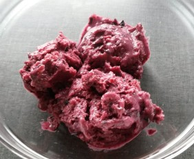 lody jagodowo-bananowe bez cukru